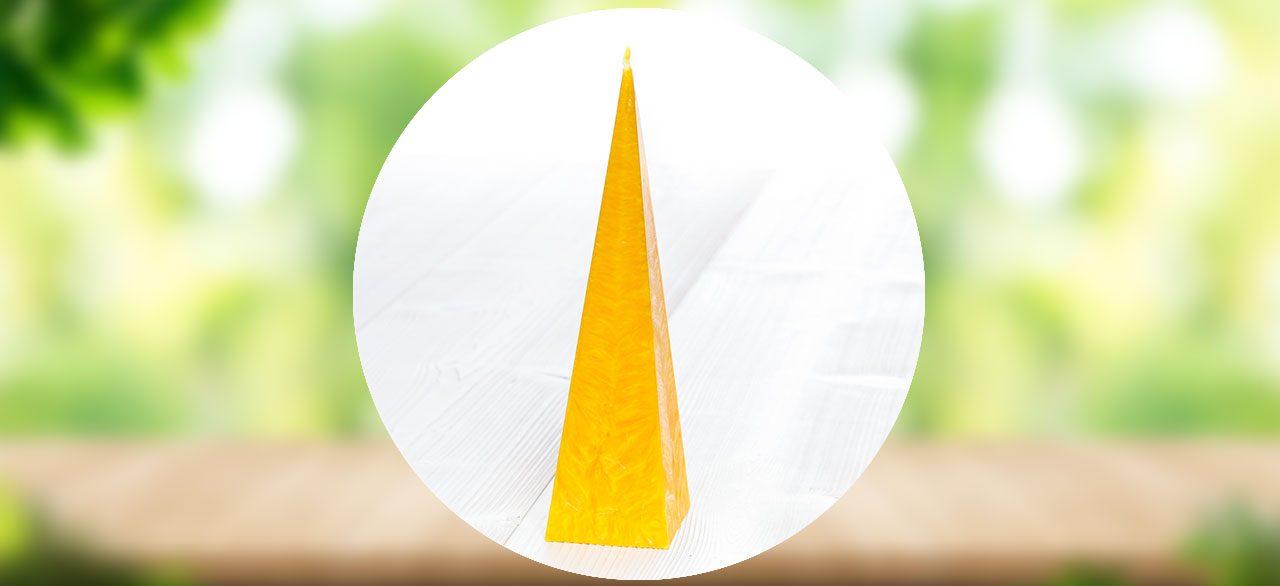 bougie pyramide jaune